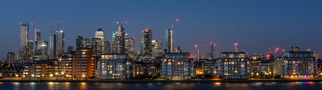 City By Night © Phil Welch
