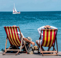 Relaxing by the Sea © Phil Welch - 10